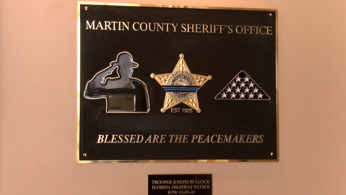 Martin County Sheriff's Office dedicates memorial to fallen trooper https://t.co/Fx8cHQwJcv https://t.co/2mSMpXiDqg