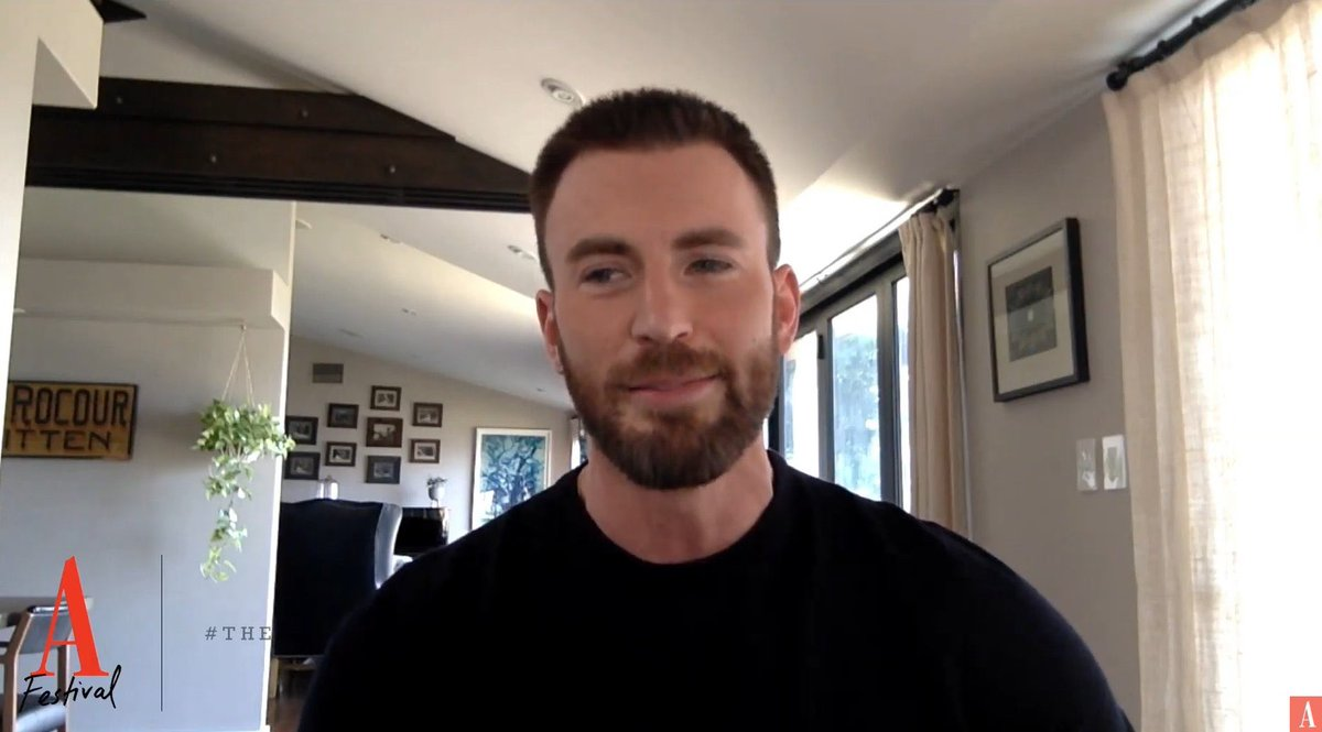 yes maybe I am crying I absolutely adore chris evans and his big beautiful brain but you can't prove anything I just have very bad allergies https://t.co/LmF5kkQROT