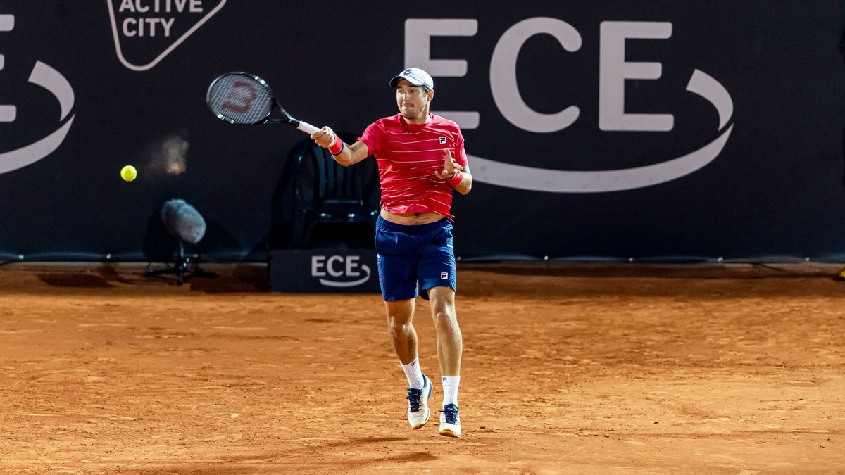 🇷🇸 @Dutzee wraps up Day 2 at the @hamburgopen with a win 👌  He cruises past Mannarino 6-4, 6-1. https://t.co/nWCdaGngXL