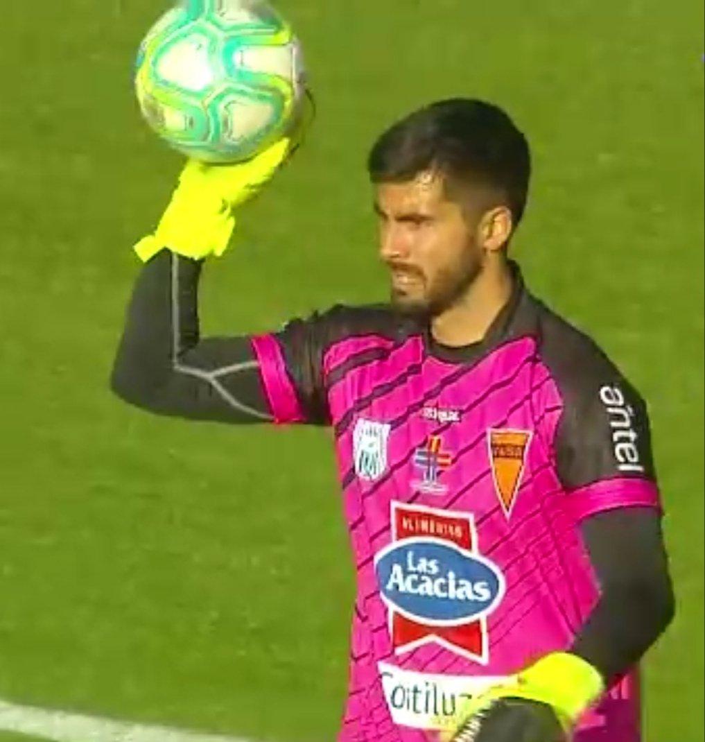 #SegundaDivisión  FINAL  Estadio Charrúa  Sud America 1 Rampla 1  75 Gonzalo Barreto. 95 Andres Romero https://t.co/w0za9N3b74