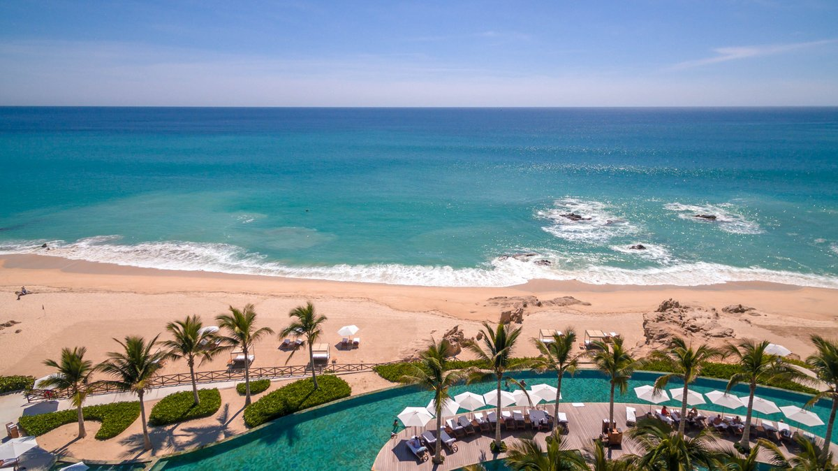 Are you looking for a perfect travel destination? You have found it! #GrandVelasCabo #Paradise #LosCabos #VisitMexico #LuxuryTravel #Cabo #TuesdayVibes #Travel #BeachLovers #Views #BajaCaliforniaSur #TuesdayThoughts #PerfectDestination #LuxuryLifeStyle https://t.co/fIAjCCYQch
