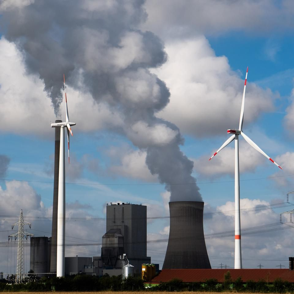 In the first five months of 2020, electric generation from coal accounted for just 17% of total electricity production in the U.S. power sector.  #renewableenergy #coal #electricproduction #powersector #environnement   Read more 👉 https://t.co/pVtozd8TTF https://t.co/xqQLXN6CX9