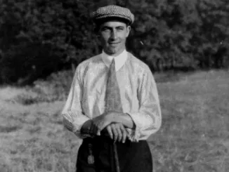 On September 22, 1905, at the U..S Open Men's Golf Championships, held at Myopia Hunt Golf Club in South Hamilton, Massachusetts, Willie Anderson wins his third consecutive Open title, and his record 4th overall, two strokes ahead of runner-up Alex Smith. https://t.co/AUuMzhIPBt