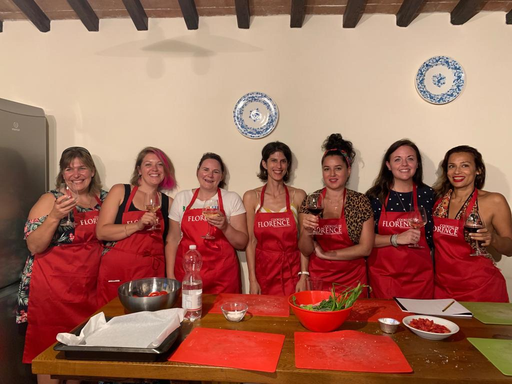 Want to try an Italian Cooking Class? Add this to your wish list for when the time is right. FREE recipe in this post... https://t.co/g3t496PWZt #cookinginflorence #cookingclass https://t.co/jW002Dzlq8