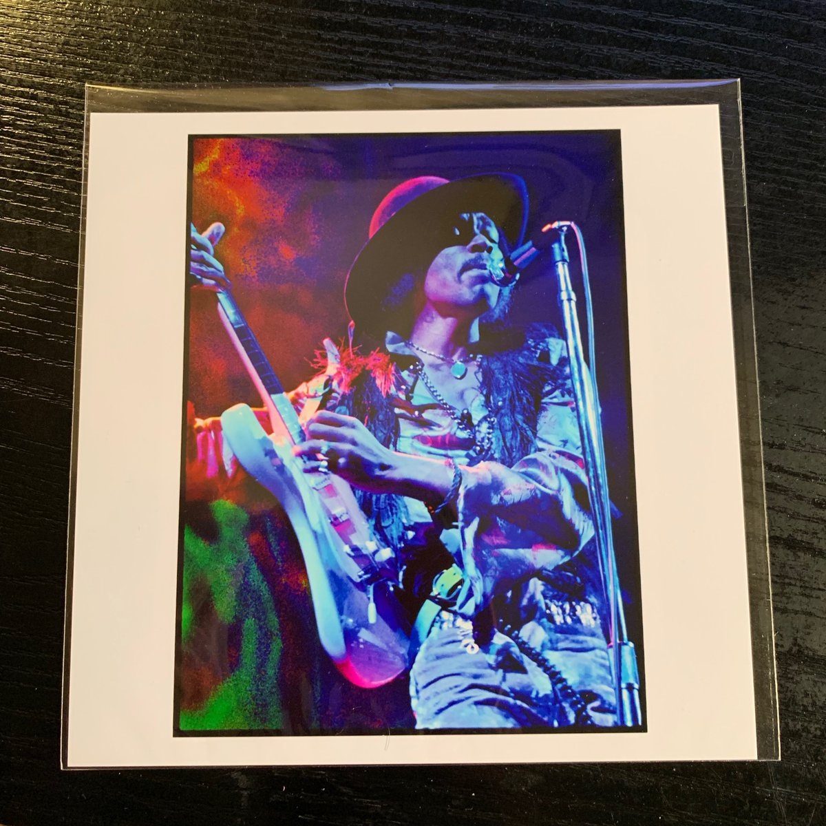 I'm totally jazzed. My hand signed #ElliottLandy photo of #JimiHendrix just arrived from @MagnumPhotos . 50% of proceeds are going to the #naacp 🖤 buy art and give back... it's good to pay forward @JimiHendrix  @ElliottLandy @NAACP https://t.co/aXJIE23OX1