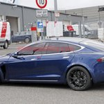 Image for the Tweet beginning: 2022 Tesla Model S Plaid