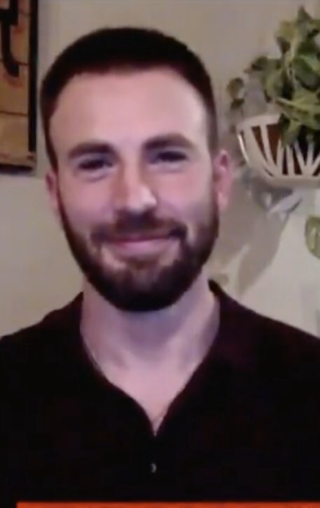 Surprise CNN appearance from Chris Evans this morning. Scheduled Atlantic Fest appearance from Chris Evans this evening. Today was a good day. Seeing him talk about ASP is always interesting. His mind moves so quickly. I'd really love to have a conversation with him someday. https://t.co/CjF6hTw5a3
