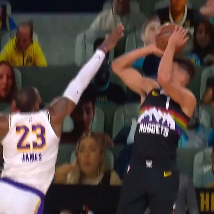 SMOOTH J from MPJ.  📺: @NBAonTNT https://t.co/vaCO5Ebuoh