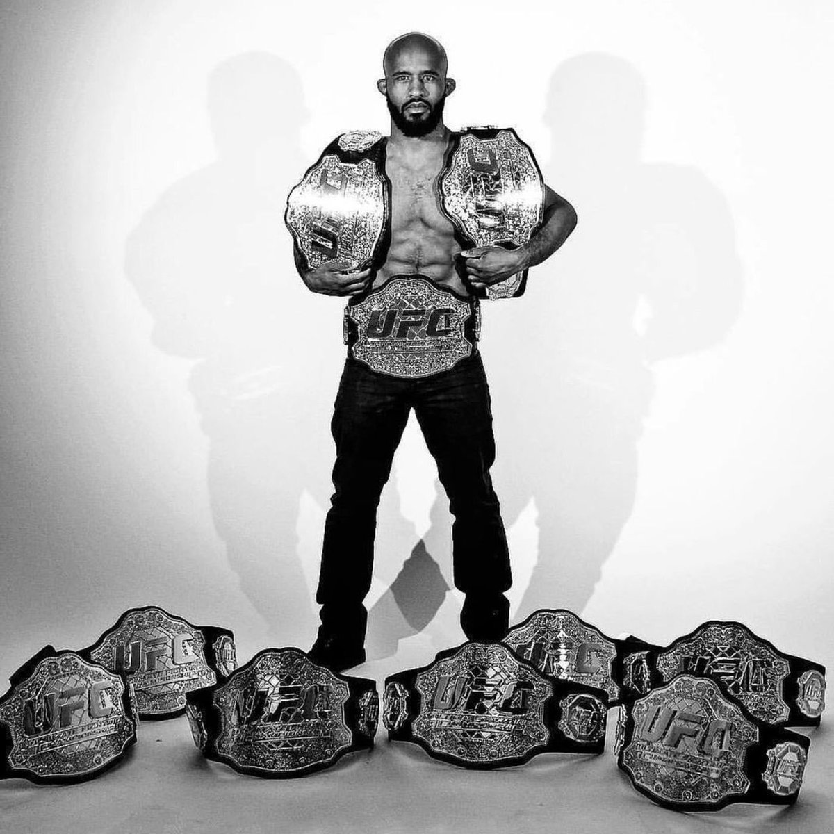 Mighty Mouse began his reign as the UFC Flyweight Champion 8 years ago today.   It's a true pleasure witnessing DJ compete as a martial artist.   He fights to the best of his abilities and always conducts himself like true a role model. https://t.co/ENfWkF1BsS