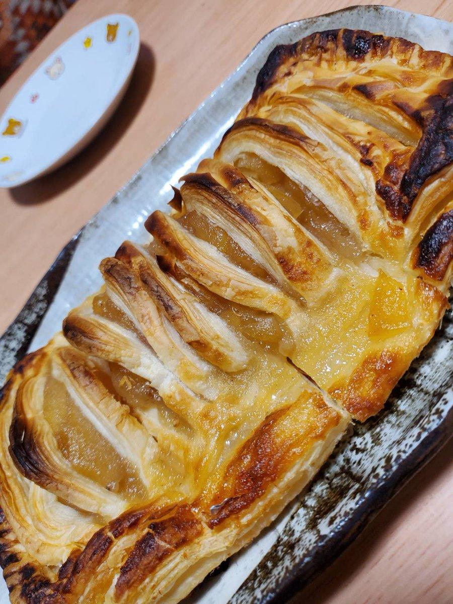 爺さんの手料理アップルパイ作りました