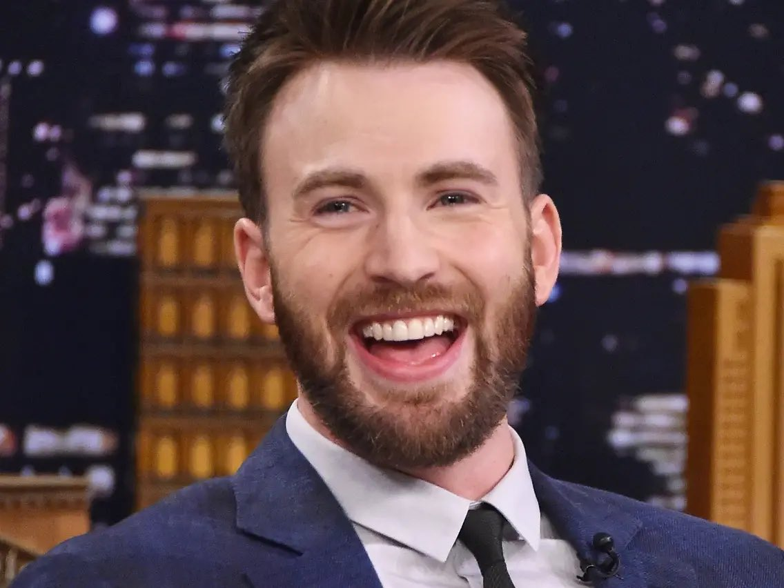 Chris Evans as Red https://t.co/7iXNxeNhY6