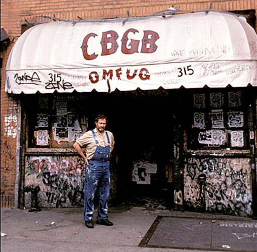 In memory to Hilly Kristal, manager, musican and owner of the iconic New York City club CBGB, which opened in 1973 and closed in 2006 over a rent dispute, born on this day in 1931,NYC.  #punkrock #HillyKristal #cbgb #omfug #bowery #newyorkcity #history #punkrockhistory #otd https://t.co/ibH7tr8ga1