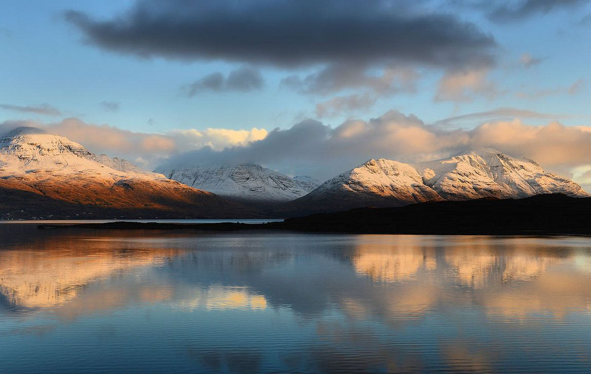 Torridon by Steve Carter https://t.co/cVlWFv6EoP #Scotland #photography #mountains https://t.co/TSuzLHHOoK