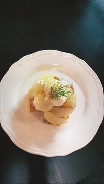 09月23日 12:16 季節のフレンチトーストが『洋梨とシナモンのフレンチトースト』になりました。ぜひお試しください