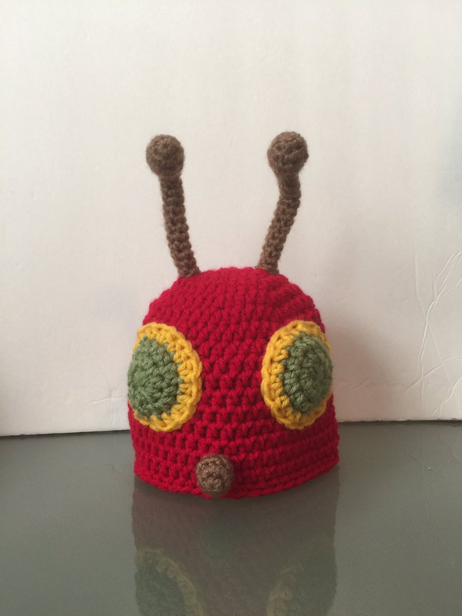 A #very #hungry #caterpillar #beanie went to its new home😊Listed in my #Etsy #shop. #Kittyskreationsboutique #handmade #crochet #hat #cute #bug #halloween #costume #photoprop #baby #boy #girl #beanies https://t.co/4aUz7cjvN2