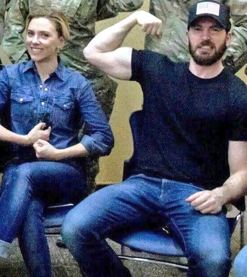 I love that Chris Evans and Scarlett Johansson are always longing to do something together because they enjoy sharing time and working together 😊 all the movies, interviews and events are there to prove their affection, their chemistry and their bond. Can't wait for this new q&a https://t.co/601KkUn0K7