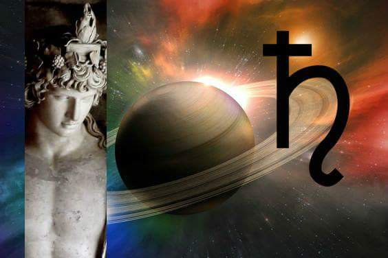 Tonight's #Capricorn #FirstQuarter Moon 🌓 (called the #Merchant Moon in #Antinous #MoonMagic) aligns with #Saturn in near #conjunction with #Pluto and (invisibly) with the #Star of Antinous to enhance your job/career skills. See how here: https://t.co/OKC7ufJ3gL @CosmicWatch https://t.co/P6UiKeq0mM