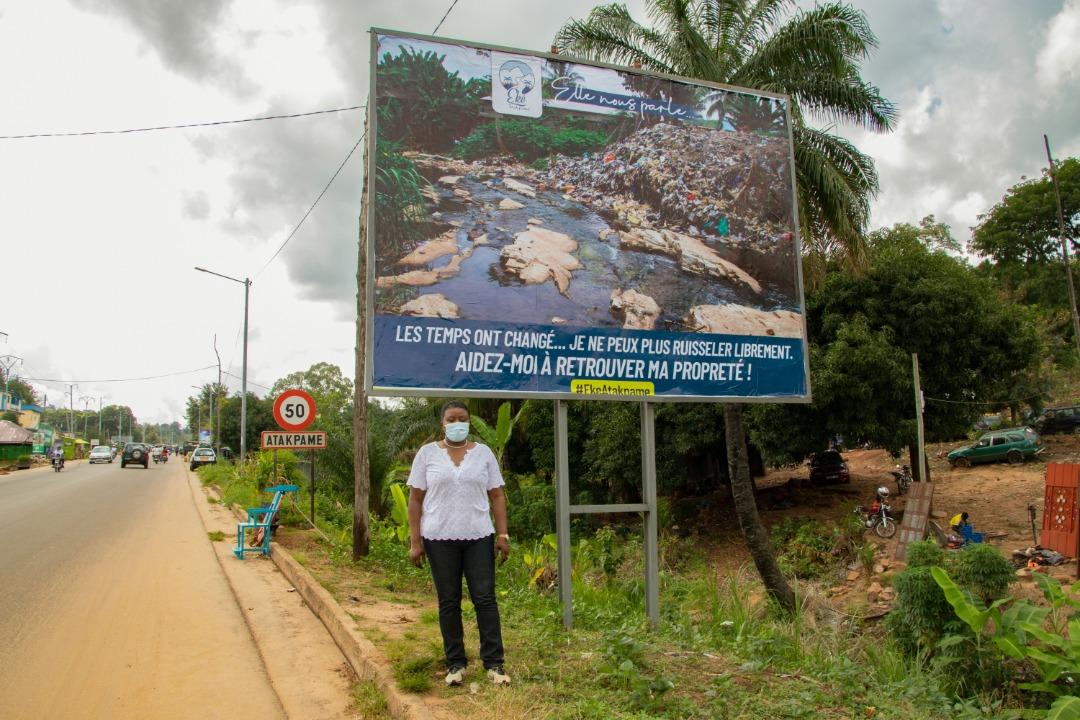 """Madame le Maire @yawakouigan a dit : """"Le changement doit commencer par nous-mêmes. Je suis persuadée que la rivière Éké retrouvera sa pureté et sa clarté d'antan, avec le concours de nous tous."""" #EkeAtakpame #communeogou1 #Togo #environnement #TgTwittos #Tginfos https://t.co/8bBC7hqPr2"""
