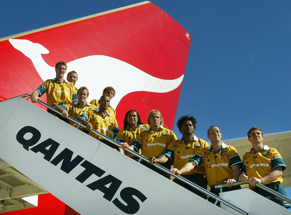Qantas dumps Wallabies in shock end to 30-year partnership 😲  DETAILS 👉 https://t.co/6CmU8GtDHF https://t.co/qdVWLbNG53