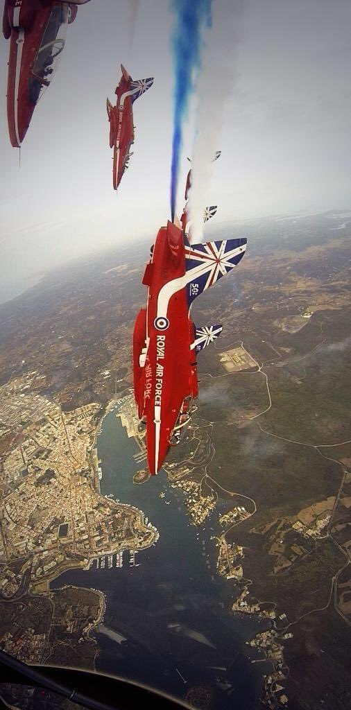 Timehop memory from 2014. A rare treat when I was Red 10 - no commentary required at a display in Menorca and the Wing Commander offered to supervise for me. I jumped in the back of @RAFRed1's jet (when he was Red 8) and captured this snap https://t.co/HHeWw0EmdM