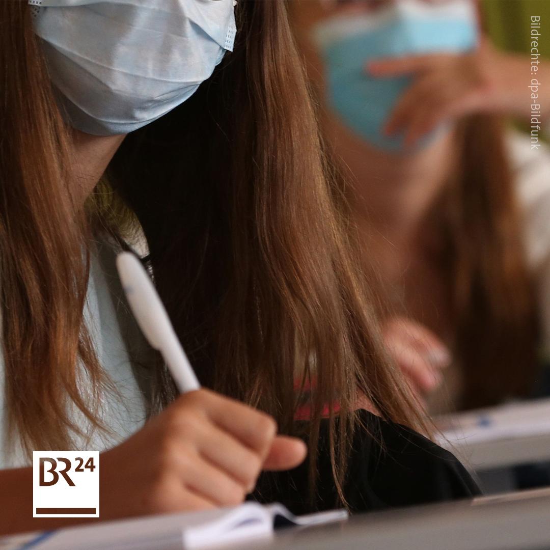#Corona-Ticker: 🔹#GEW-Chefin fordert #Maskenpflicht im #Unterricht 🔹#Österreich sagt Wiener #Opernball ab 🔹#RKI: 1.769 #Neuinfektionen in #Deutschland  #Coronavirus #CoronavirusUpdate #Covid19 Immer alle aktuellen Entwicklungen:  👉 https://t.co/Dq3vA2O8lH https://t.co/X9Yp4Eu25p