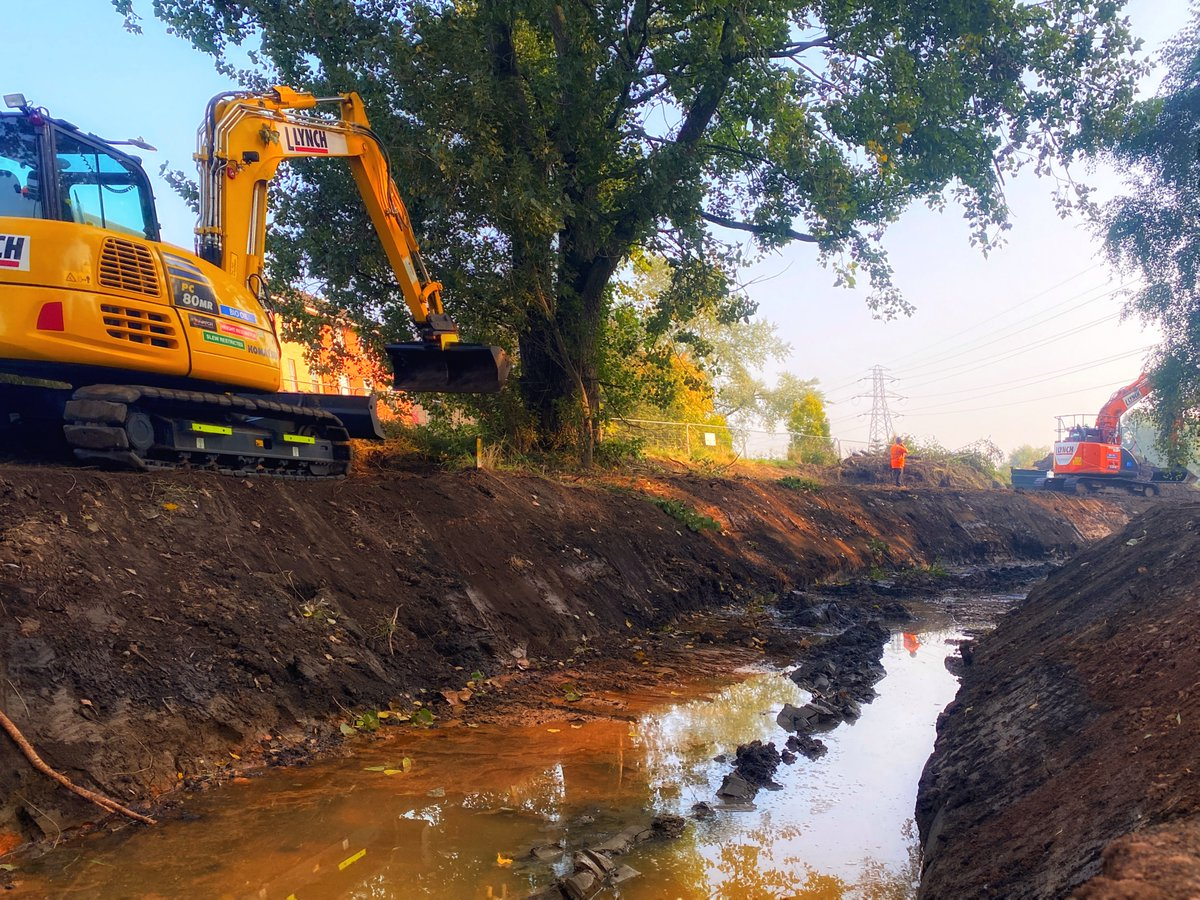 Everyone at @SanctusLtd is loving the opportunity to be working with @StaffsWildlife building a new #river at @StaffsUni  #StaffsSUNRISE #EDRF #Wildlife #RiverRestoration #Environment #Sustainability #Water #EarthWorks https://t.co/M9OhWJcZwr