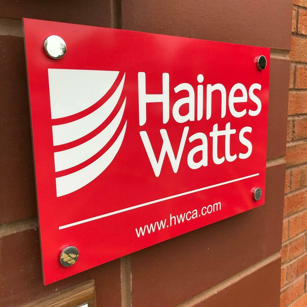 Perspex, exterior grade chrome stand off fixings and red brick = a stunning office entrance sign @haineswattslondon premises in #Evesham #worcestershire   #signmaker #signwriter #accountancy #vehiclegraphics #vehiclewrap #vinylcutgraphics #vinylgraphics … https://t.co/k37aXagP1K https://t.co/s7CmIHjzBa