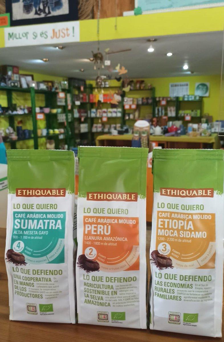 Us presentem els nostres cafés BIO d'altura!!! Qualitat Premium perquè són 100% aràbica i no es cultiven en plantacions sinó sota ombra i en altura. Des de Perú, Etiòpia i Sumatra amb el @SimboloPP importats per @ideas_es  #SomComerçJust https://t.co/mUAQRSRnMO