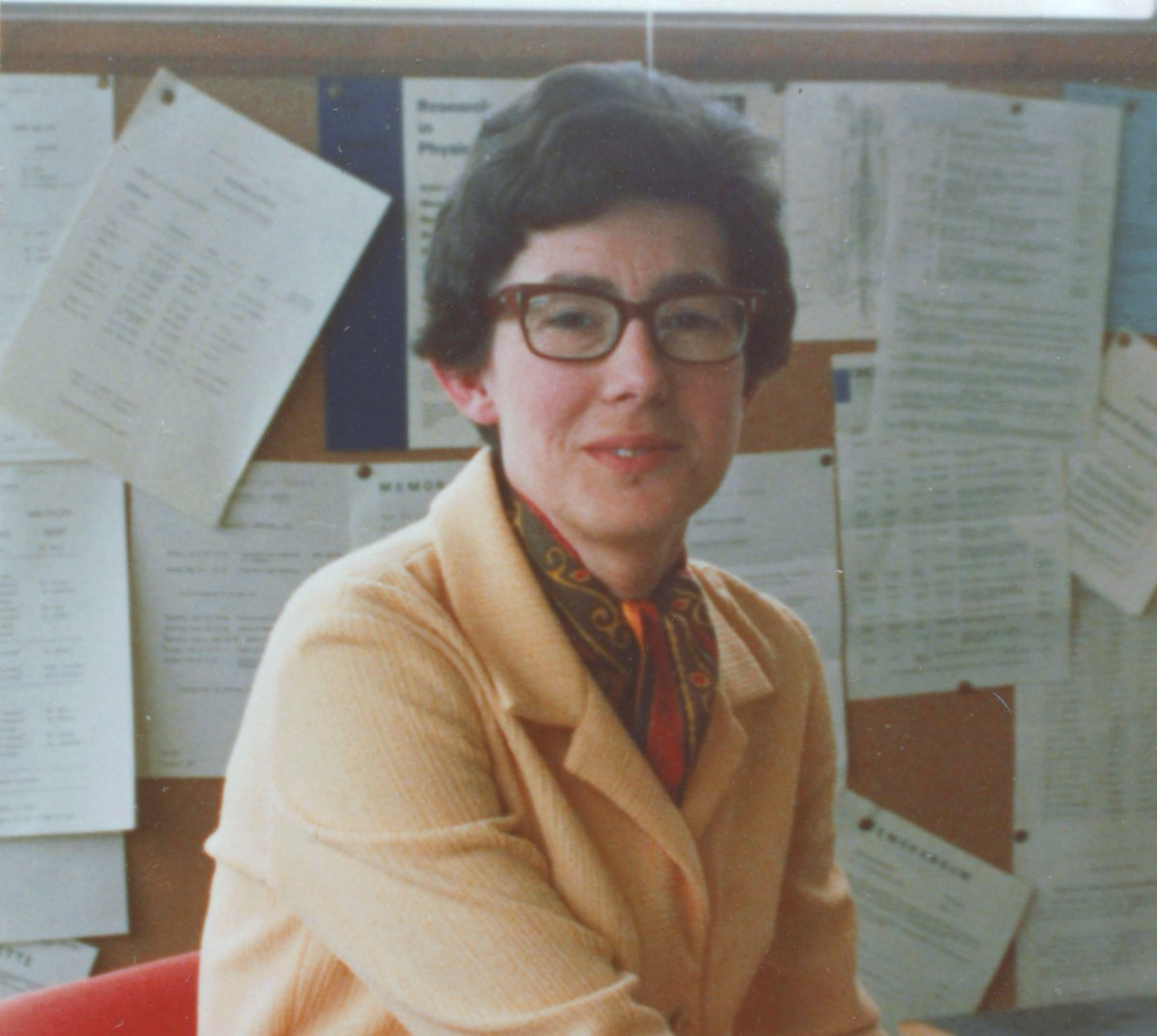 Our founder Professor Daphne Jackson OBE was born #OTD in 1936! She became the UK's 1st female Professor of Physics @UniOfSurrey in 1971. A brilliant scientist & campaigner, she knew it was vital to return researchers to careers after a break. Her legacy lives on through our work https://t.co/yTKIAFGZzf