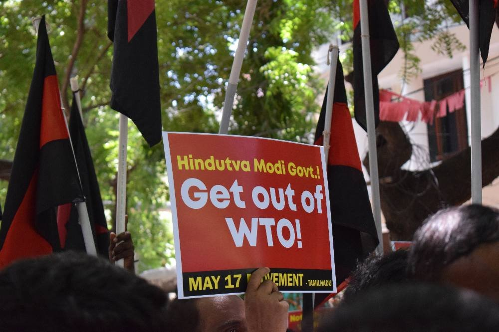 Hindutva Modi Govt!  Get out of WTO!  #விவசாயிகளின்_விரோதி_பாஜக https://t.co/c6kUv4z6kO https://t.co/2u9xxUFAiC