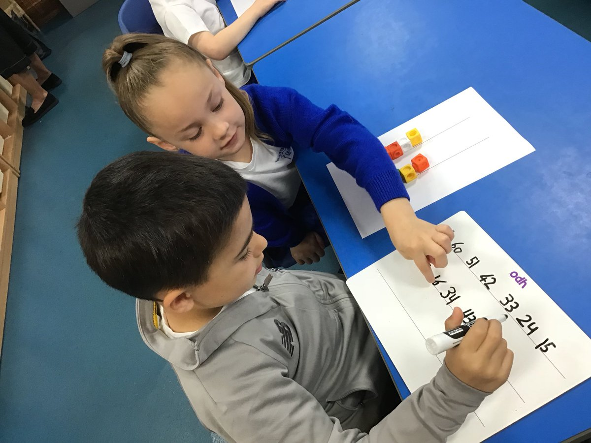 Year 2 enjoying an @nrichmaths place value investigation this morning! https://t.co/WNYPt7ltZN