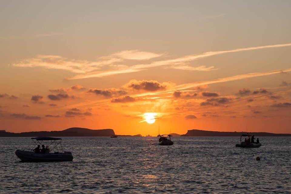 we continue through september! im back on the sunset session at @Mamboibiza tonight, so sad i dont have many left to go, the ibiza sunset is always so special to soundtrack. https://t.co/ekihcwzt37