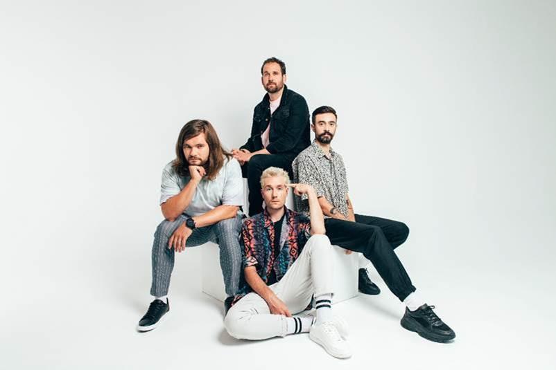Bastille (@bastilledan) share new track 'survivin''. diymag.com/2020/09/22/lis…