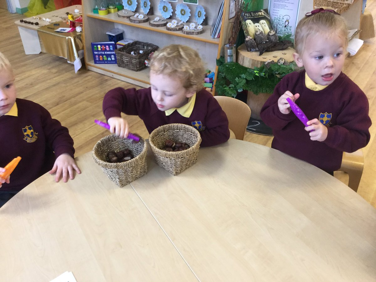 Using tweezers to pick up the conkers. #finemotorskills #preparationforwriting #SharingIsCaring #concentration https://t.co/5rM4vKkd3d