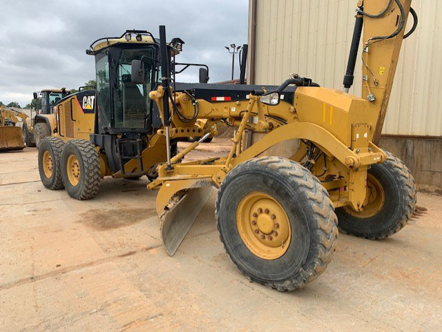2010 #caterpillar B9D02531 140M #motorgrader For Sale in Brooklet, Georgia, USA  Price: $ 89,500  Hours: 8,639, A/C, Erops, Product Link, Lighting, Am Fm Cd Radio, Joystick Steering, Low Profile Cab/rops,throttle Lock.  https://t.co/rGG5uyPxEX  Brooklet, Georgia, USA, $ 89,500 https://t.co/FFaqwMrcCw