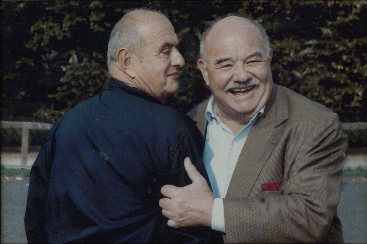 L'équipage a le coeur lourd ce soir.  Nous apprenons le décès du Chef Pierre Troisgros qui fut le compagnon de route de Monsieur Paul pendant 70 ans d'une amitié hors du commun.  Nous adressons nos sincères condoléances à toute la famille Troisgros et l'ensemble de ses proches. https://t.co/SdDpIazwT3
