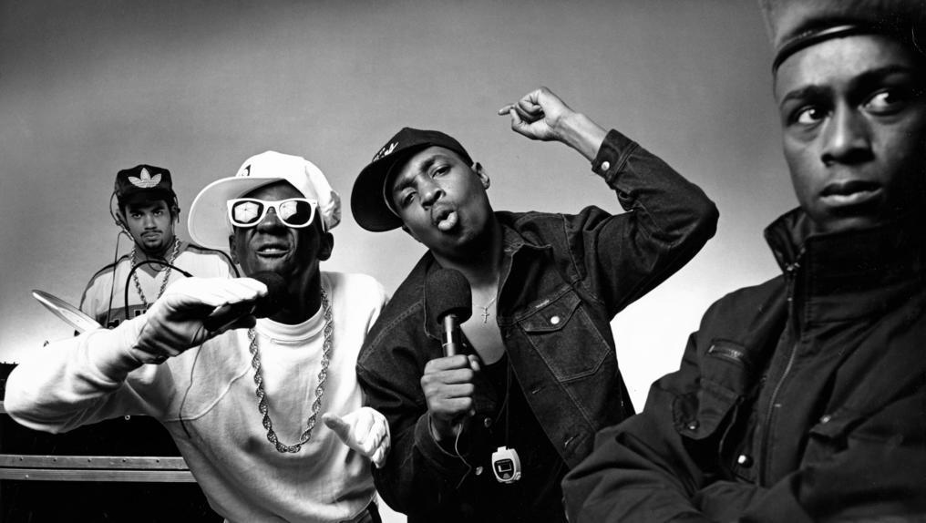 """Kool Shen, Rocé, Maître Madj…    Les rappeurs français racontent """"leur"""" Public Enemy  https://t.co/rGmyAU7zIt https://t.co/uaxCwbHcnQ"""