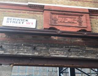 We have an extra #NotesandQuery to solve today.  Robert in Wandsworth noticed this relief on a partially  demolished building on the corner of Berwick Street and Broadwick Street in Soho. It say 'Built in 1886', but what do the initials VP and JP stand for ? https://t.co/E9qI2bnM5c