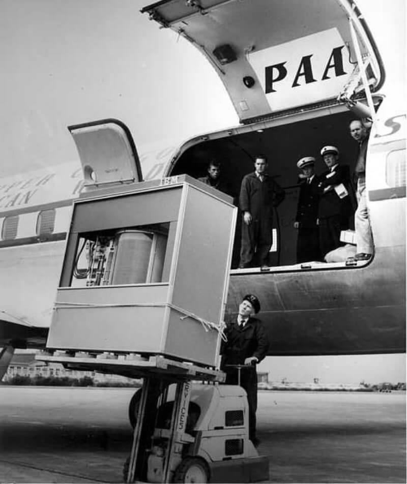 İlk 5 MB Sabit Disk Hangi Boyutta ve Ağırlıktaydı? https://t.co/YmT66uSuLS #Haber #Makale #Teknoloji https://t.co/f9Z6BOe0wD