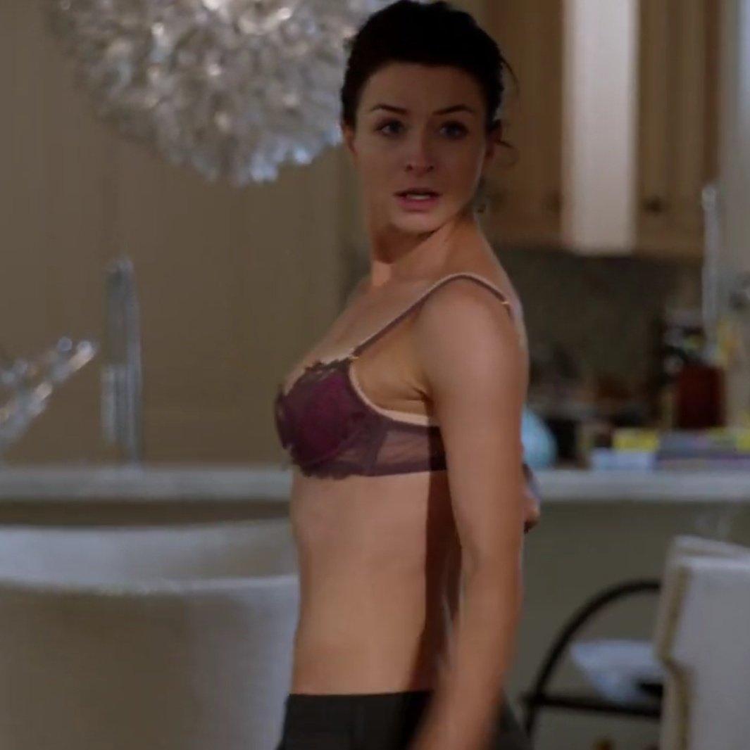 Caterina scorsone bikini