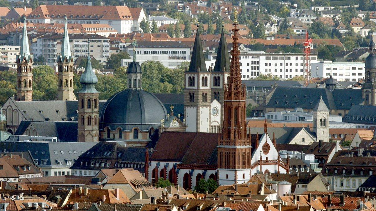 Inzidenzrate unter 50: Würzburg nicht mehr Corona-Hotspot https://t.co/17TYNgSZv6 #franken https://t.co/WZ2OX4nM9C