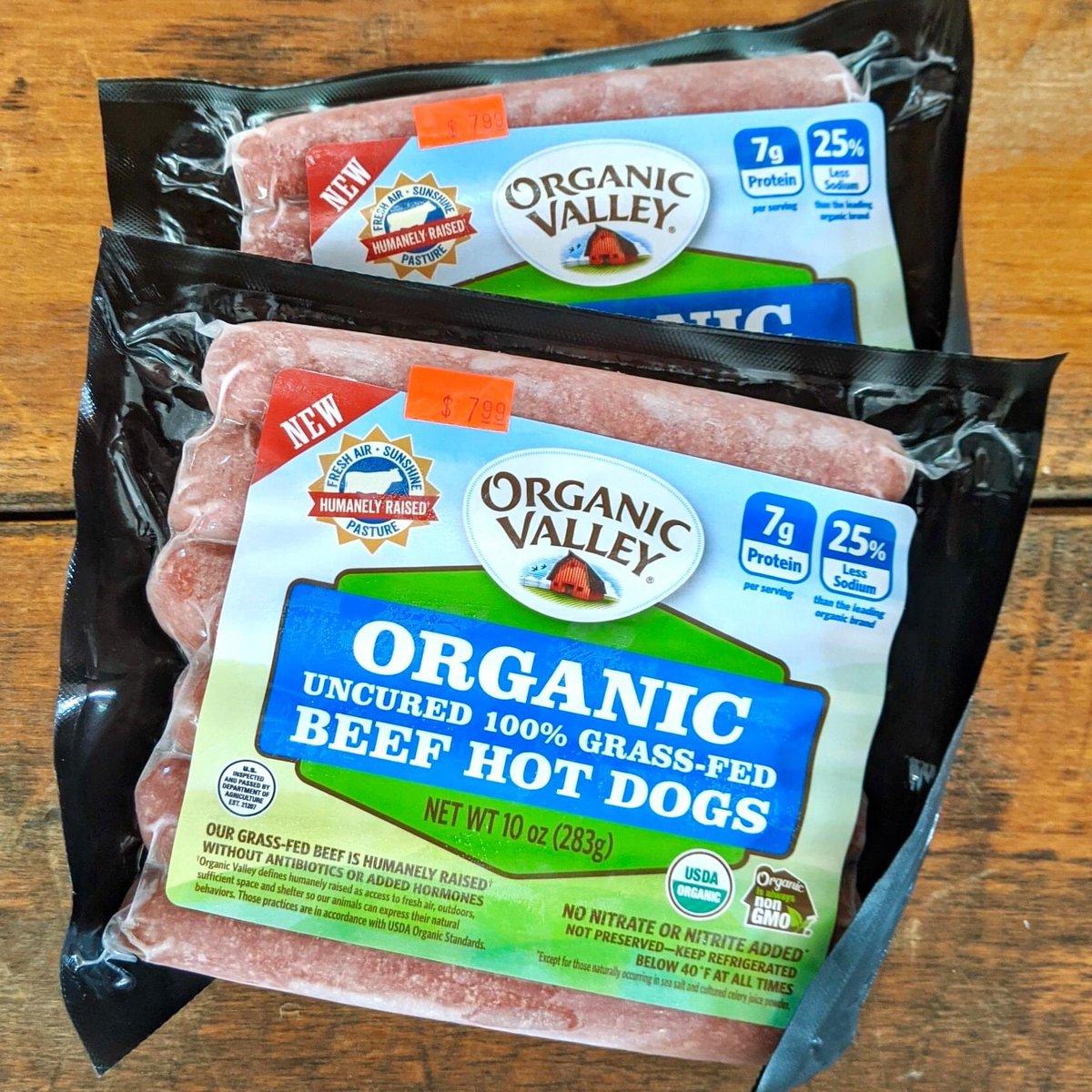 Hot dogs aren't just for summer! We now carry Organic Valley grass-fed organic beef hot dogs - great taste in a healthier hot dog. #organic #hotdogs #grassfed #lambertvillenj #newhopepa #doylestownpa #HunterdonCountyNJ https://t.co/qtByLGtram