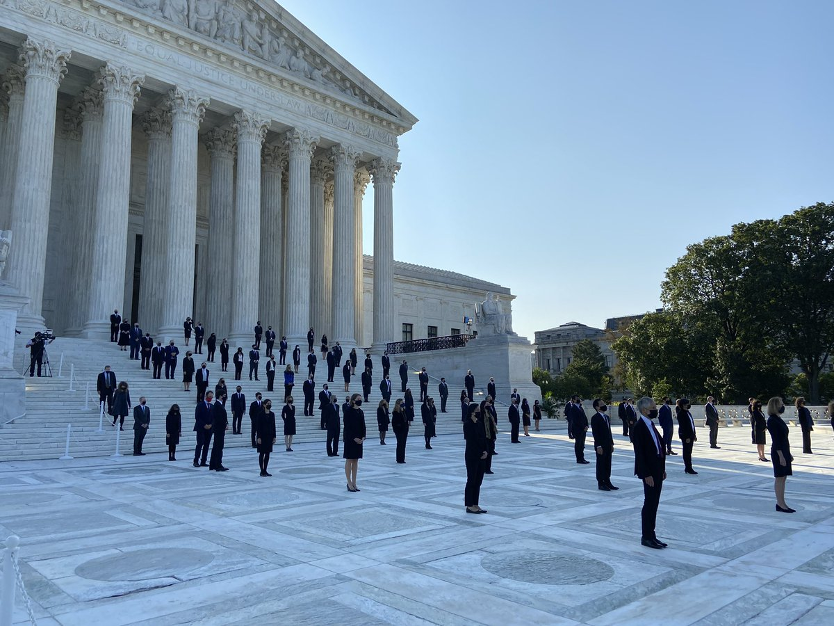 Ginsburg clerks in formation