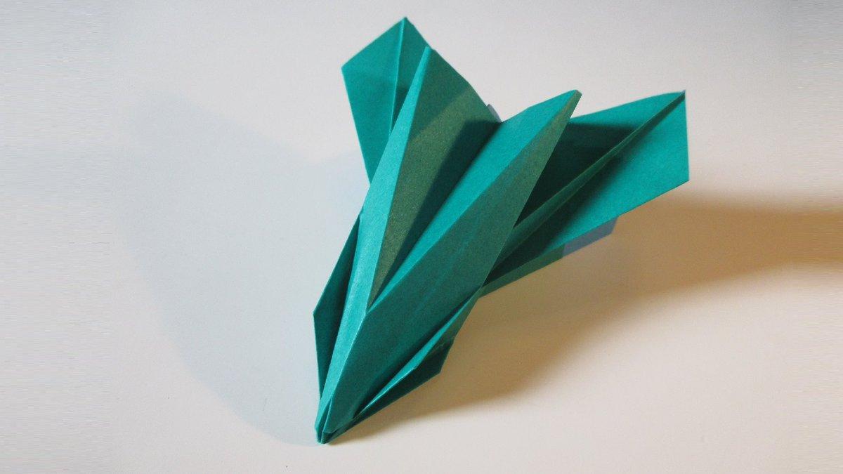 聖書《 だれでも天におられるわたし(イエス)の父のみこころを行うなら、その人こそわたしの兄弟、姉妹、母なのです。 マタイ12:50》 #origami  #折り紙 #おりがみ飛行機 #折紙 #アート #折り紙作品  #架空機 #創作 #art  #紙飛行機  #paperplanes #紙ヒコーキ #ORIGAMIAIRPLANE #みことば 作品紹介! https://t.co/tbBQUeXJ6j
