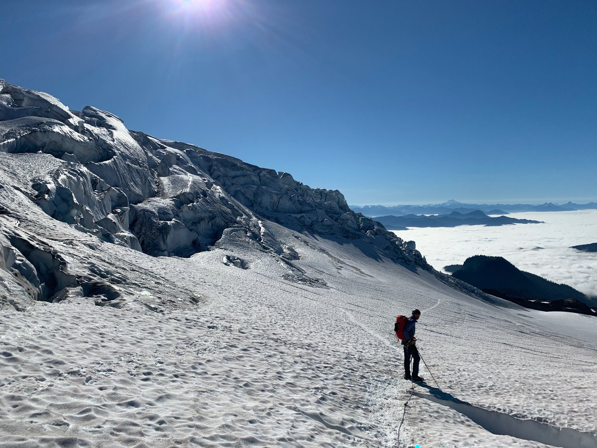 More #mtbaker with @zebblais and @blackbirdguides - amazing experience! First time glacier climbing on this continent! Crampons!