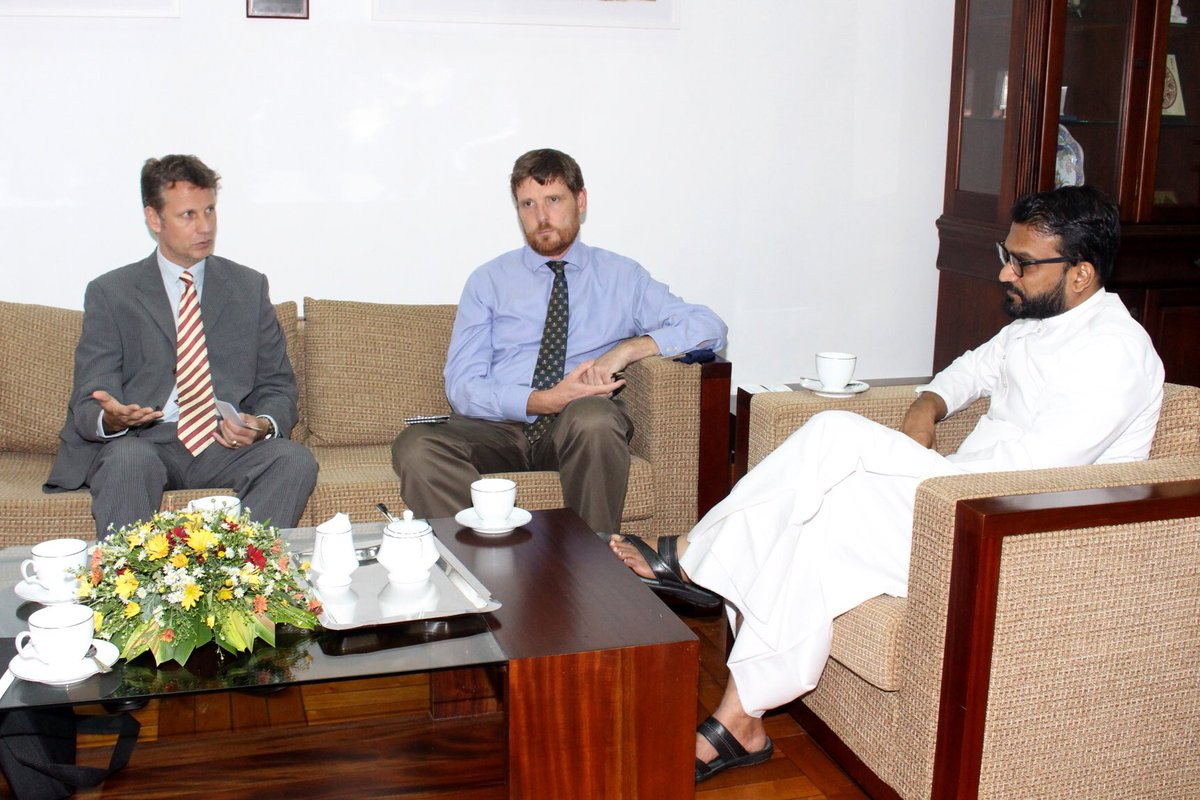State Minister of Regional Co-operationTharaka Balasuriya met with Head of the #UNODC Global Maritime Crime Programme Alan Cole, accompanied by Senior Programme Officer Troels Vester on 22 September at the Foreign Ministry. https://t.co/p6aeWjZFLj