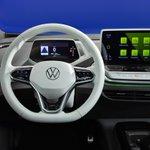 Image for the Tweet beginning: 2021 Volkswagen ID.4 breaks cover