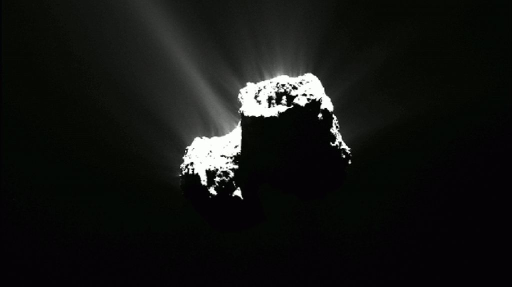 #Comet discovered to have its own #Northern #Lights  Data from NASA instruments aboard ESA Rosetta mission have helped reveal that comet 67P/Churyumov-Gerasimenko has its own far-ultraviolet #aurora. https://t.co/oq5KtBfffB https://t.co/RlU3X6vOoU