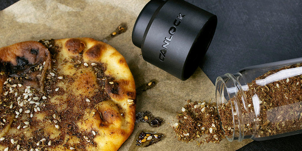"""""""Being a chef, I like to try new herbs and spices, some of which are on the more expensive side, and this container did the trick in extending their shelf life."""" - Rich W.  #zaatar #cannabisedibles #stashjar #stayfresh #cannabischef https://t.co/ywIP8FemkS"""
