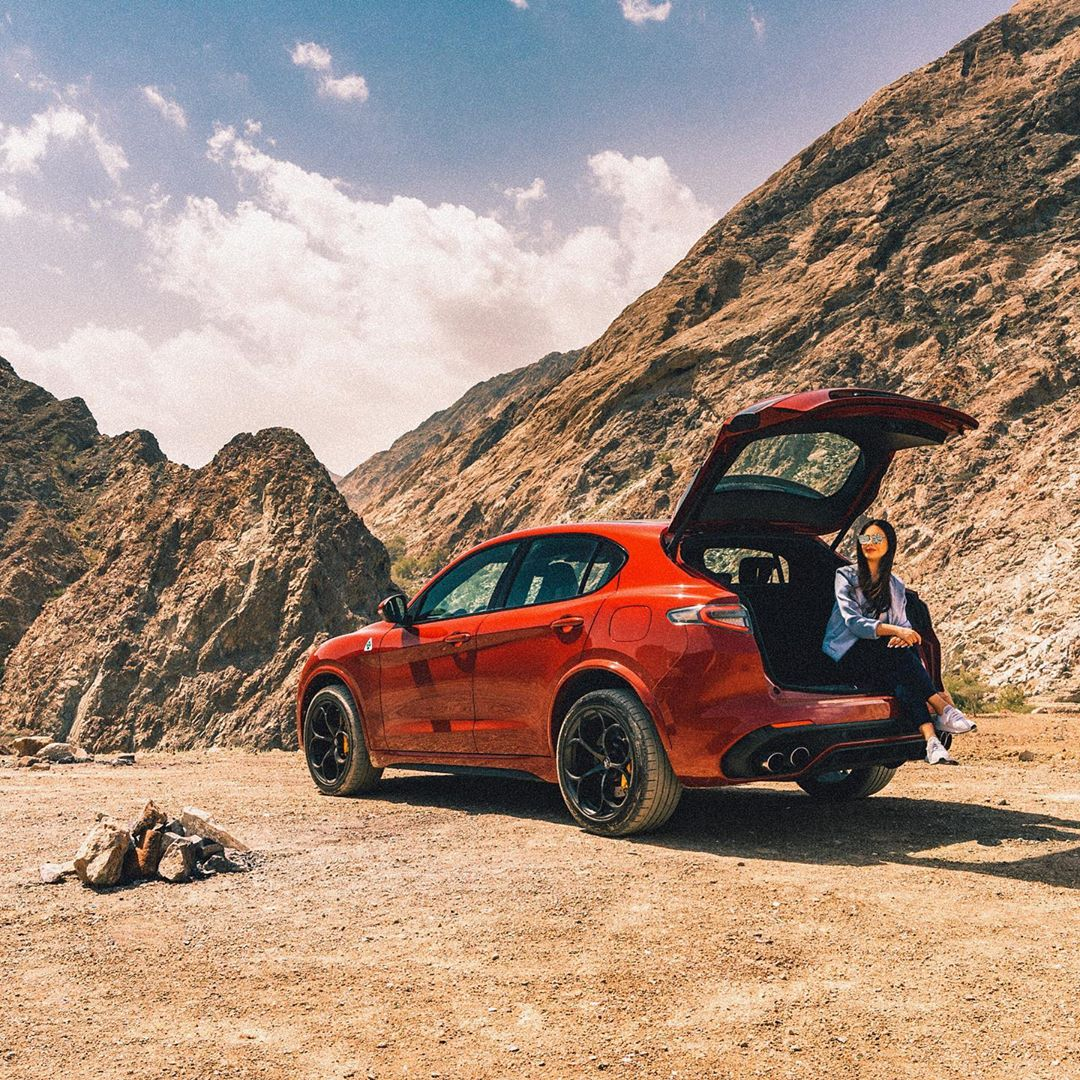 Sometimes beauty lies not in the destination, but the unsurety of one. Where is your favorite place to escape to?📷: @ShahdAlJumaily  #AlfaRomeo #Stelvio #Quadrifoglio #Passion_Drives #LaMeccanicaDelleEmozioni https://t.co/ELE3cpZ4zm